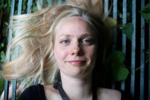 Julie Kjær photo medium